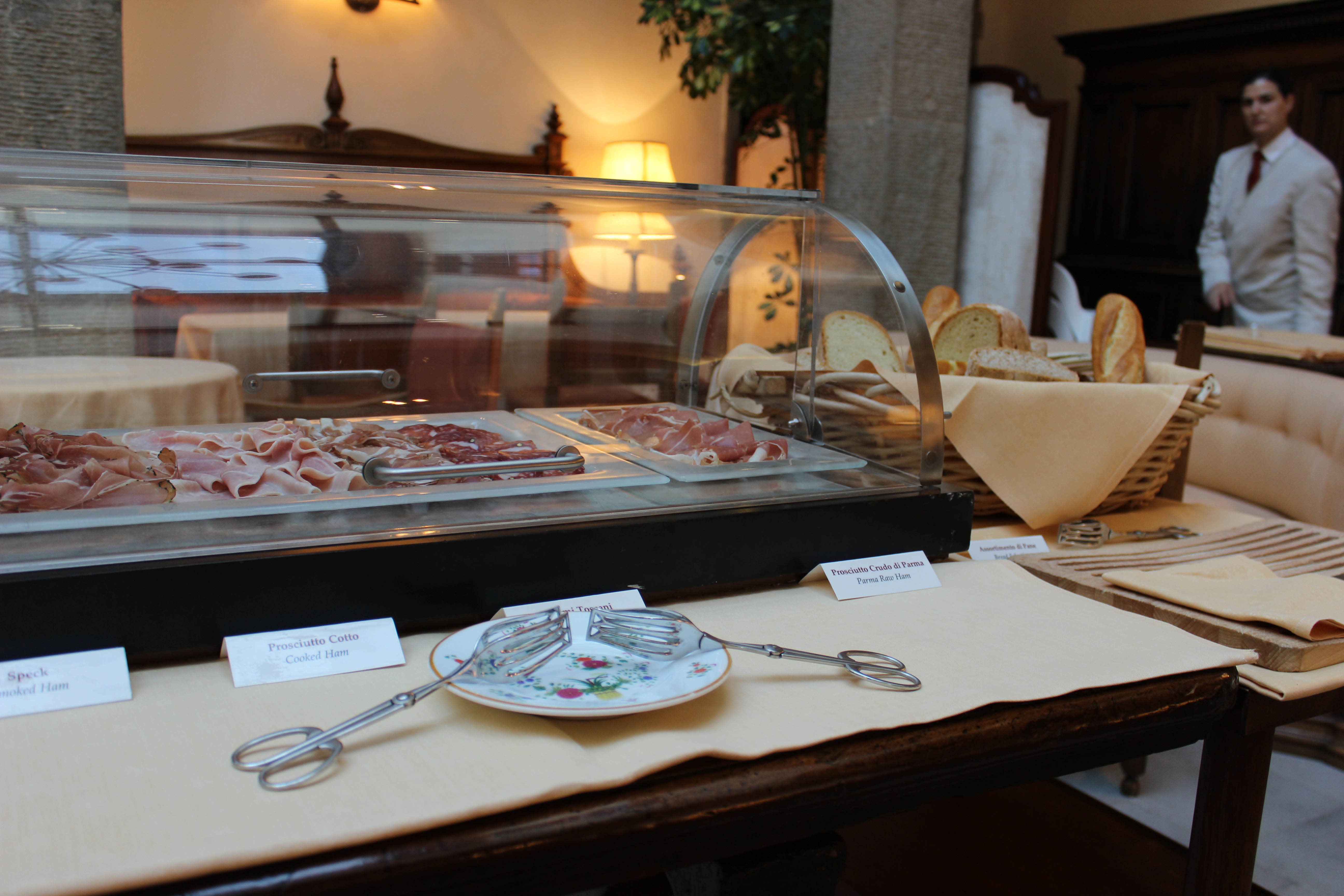 Breakfast and a bath at Belmond Villa San Michele – Annalee in Italy