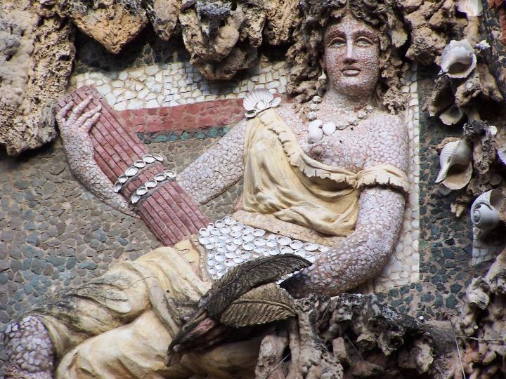 La grotta del Buontalenti in the Boboli gardens.