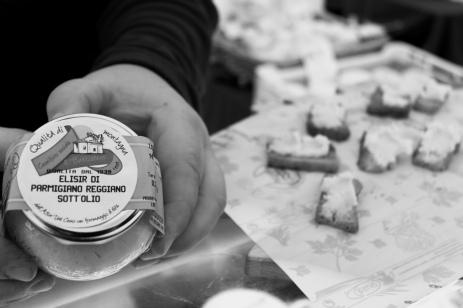Parmigiana spread at the bio market