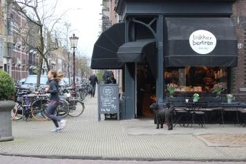 Bakker Bertram, one of the best bakeries in the Museumplein neighborhood
