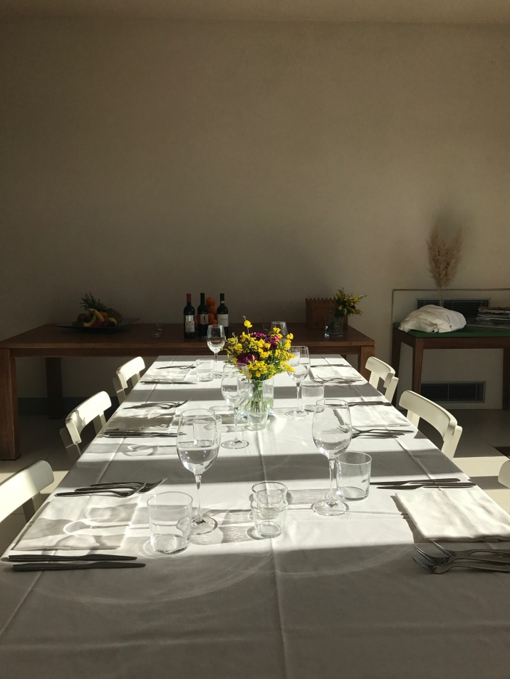 Dinner table countryhouse