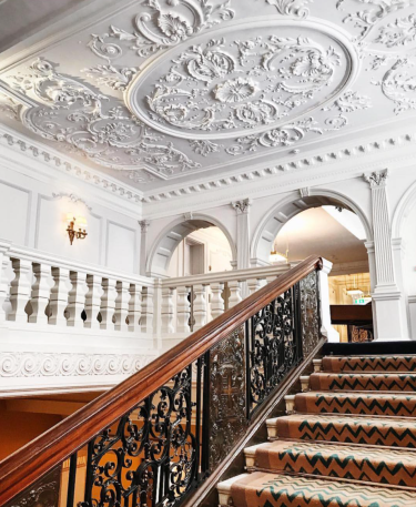 Claridges Hotel. (Ph: JourneyIntoLaVilleLumiere)