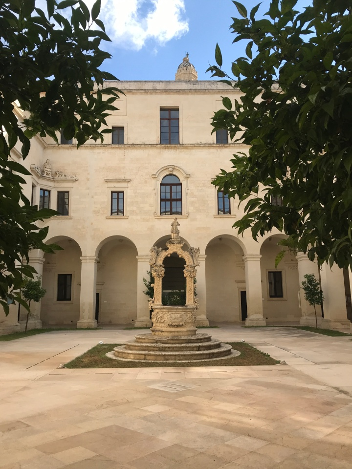 The interior courtyard at Museo Diocesano