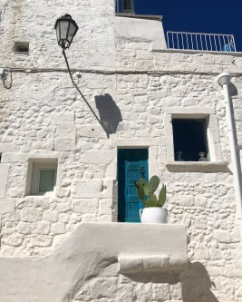 Italians do both enviously simple and absurdly lavish so well. Puglia is most definitely enviously simple.